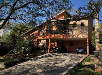 Casa · 490m² · 4 Quartos · 6 Vagas