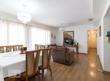 Apartamento · 154m² · 4 Quartos · 2 Vagas