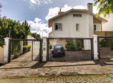 Casa · 177m² · 3 Quartos · 2 Vagas