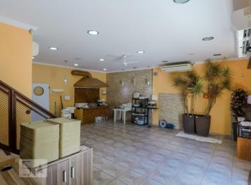 Casa · 160m² · 1 Quarto