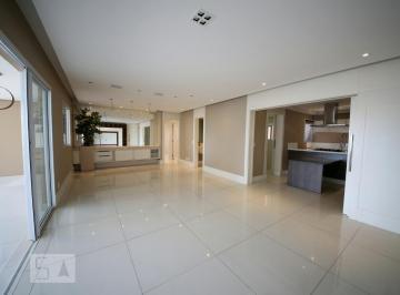 Apartamento · 147m² · 3 Quartos · 2 Vagas