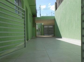 Casa · 100m² · 2 Quartos · 3 Vagas