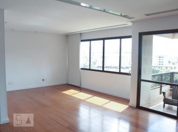 Apartamento · 160m² · 3 Quartos · 2 Vagas