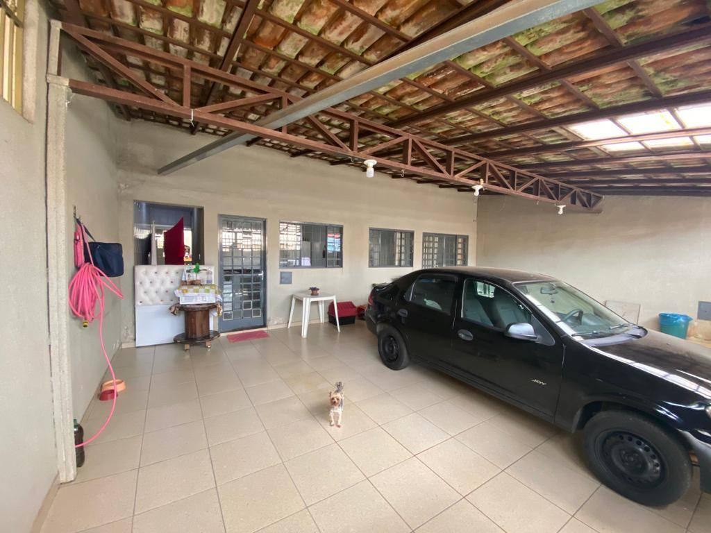 Excelente casa 3 quartos QSF 10, ao lado do Pistão Sul, financia!