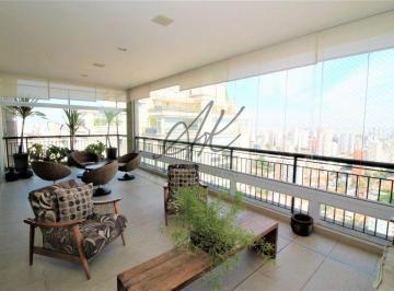 Apartamento · 390m² · 4 Quartos · 6 Vagas