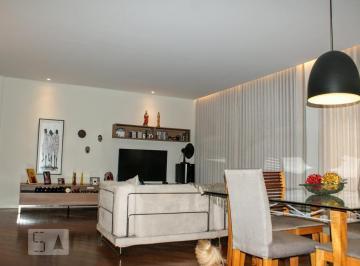 Apartamento · 200m² · 4 Quartos · 3 Vagas