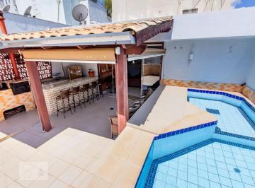 Apartamento · 200m² · 3 Quartos · 1 Vaga