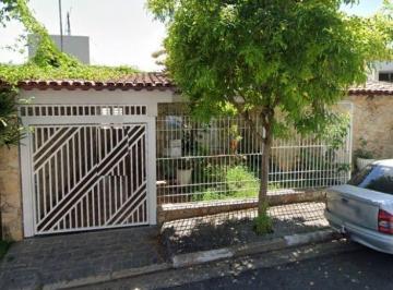 Casa · 170m² · 4 Quartos · 2 Vagas