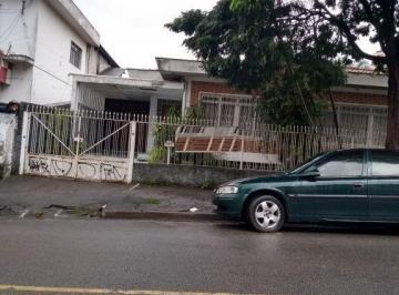 Casa · 410m² · 4 Quartos · 8 Vagas