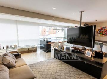 Apartamento · 125m² · 2 Quartos · 3 Vagas