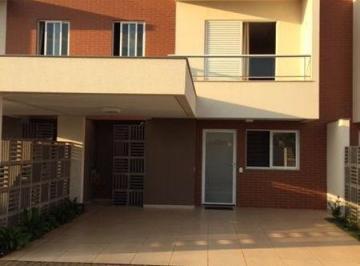 Casa · 143m² · 3 Quartos · 2 Vagas