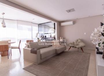 Apartamento · 124m² · 3 Quartos · 3 Vagas