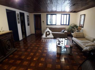 Apartamento · 237m² · 5 Quartos
