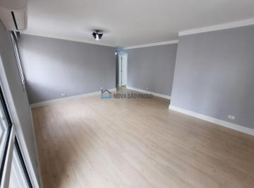 Apartamento · 143m² · 3 Quartos · 2 Vagas