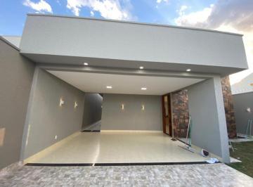 Casa · 170m² · 3 Quartos · 2 Vagas