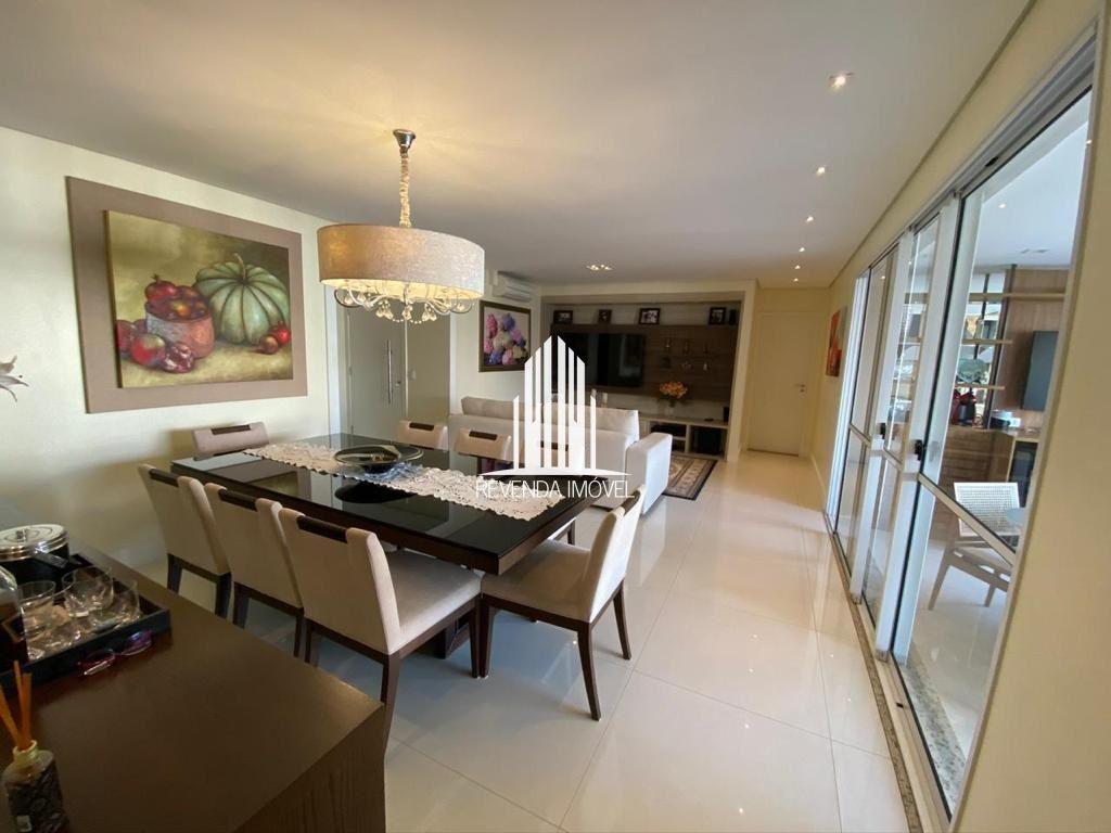 Apartamento Completamente Espaçoso de 168m² no Morumbi - 3 Dorms - 3 Suítes - 4 Banheiros - 3 Vagas