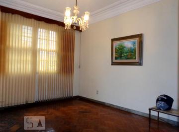 Casa · 159m² · 3 Quartos · 2 Vagas