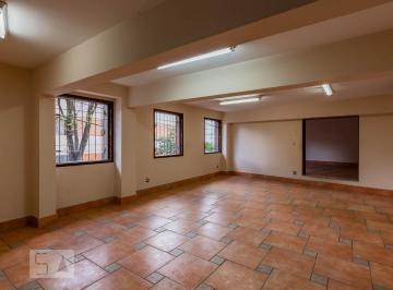 Casa · 644m² · 6 Quartos · 4 Vagas
