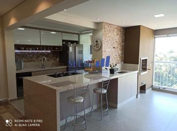 Apartamento · 92m² · 2 Quartos · 2 Vagas