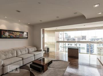 Apartamento · 93m² · 2 Quartos · 2 Vagas