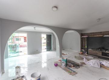 Casa · 430m² · 4 Quartos · 5 Vagas