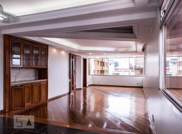 Apartamento · 186m² · 4 Quartos · 3 Vagas