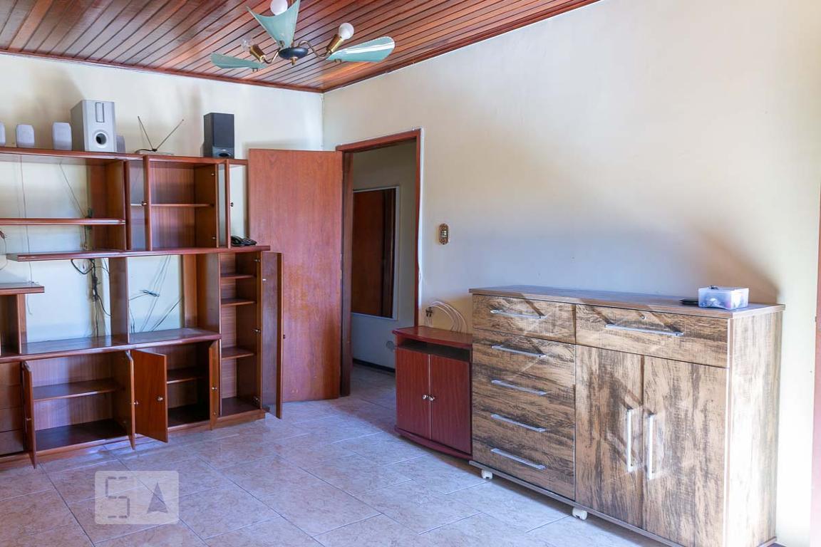 Casa para Aluguel - Cavalhada, 5 Quartos,  300 m² - Porto Alegre