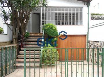 Casa · 250m² · 3 Vagas
