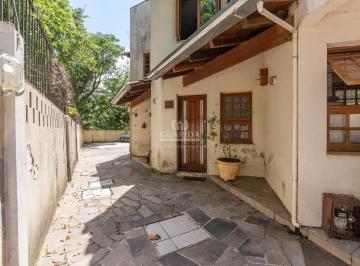 Casa · 136m² · 2 Quartos · 1 Vaga
