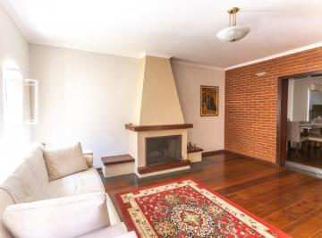 Casa · 230m² · 3 Quartos · 3 Vagas