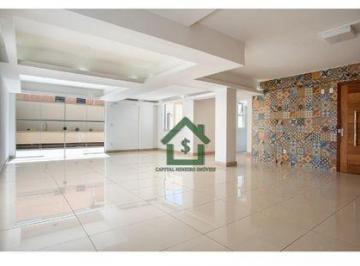 Apartamento · 81m² · 2 Quartos · 2 Vagas