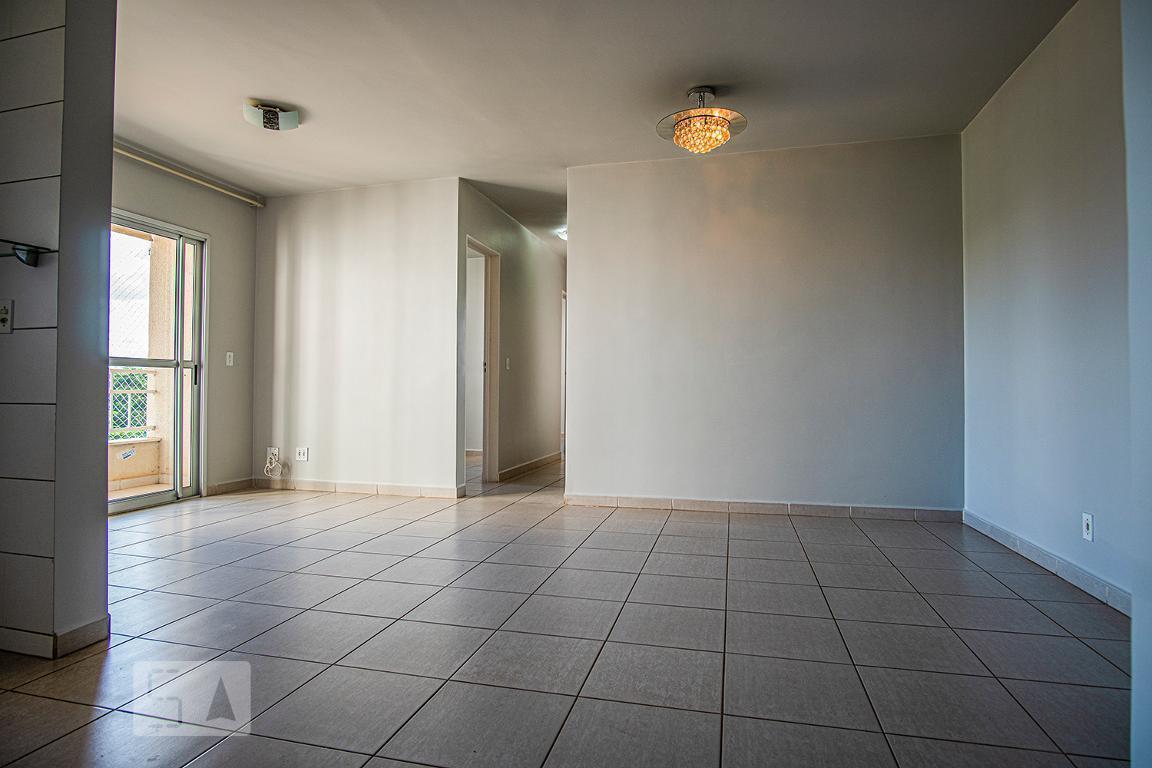 Apartamento para Aluguel - Setor Goiânia 2, 3 Quartos,  74 m² - Goiânia