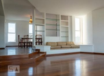 Apartamento · 211m² · 4 Quartos · 3 Vagas