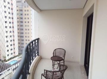 Apartamento · 118m² · 4 Quartos · 3 Vagas