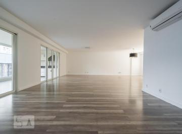 Apartamento · 317m² · 3 Quartos · 4 Vagas