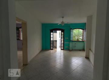 Casa · 550m² · 3 Quartos · 3 Vagas