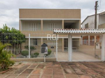 Casa · 388m² · 8 Quartos · 1 Vaga