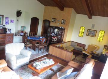 Casa · 417m² · 5 Quartos · 4 Vagas