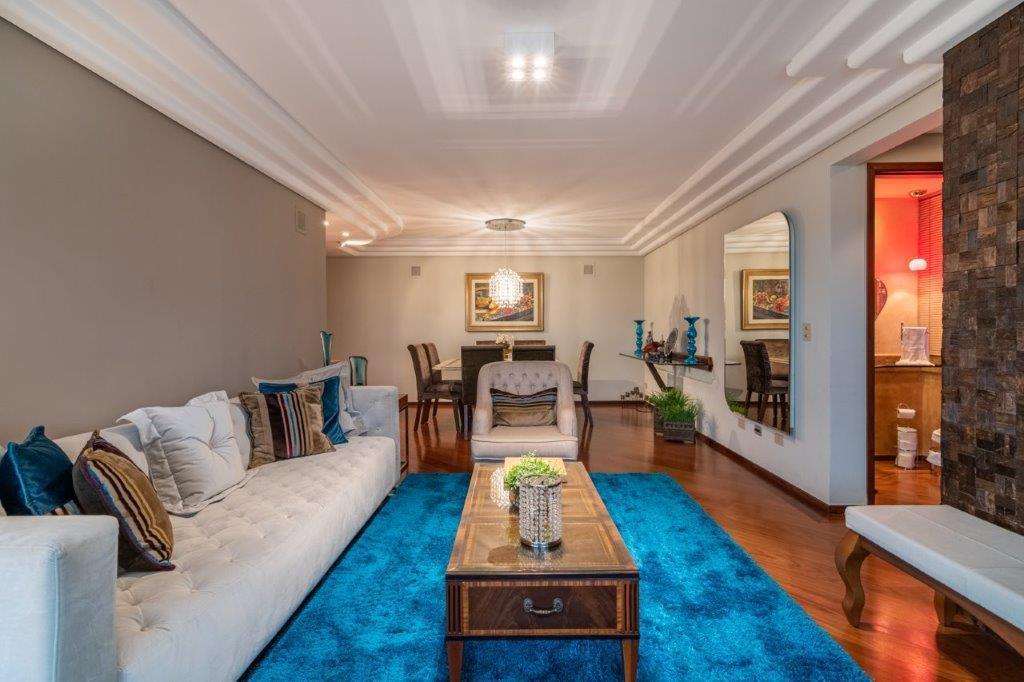 Amplo apartamento face norte de 3 dormitórios/suíte no Bigorrilho!!