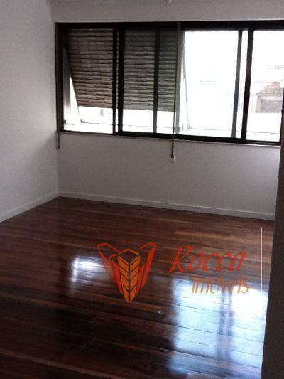 Apartamento · 370m² · 4 Quartos · 2 Vagas