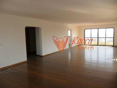 Apartamento · 645m² · 4 Quartos · 6 Vagas