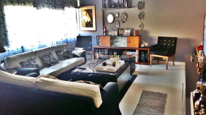 apartamento duplex - três quartos - vaga na escrit