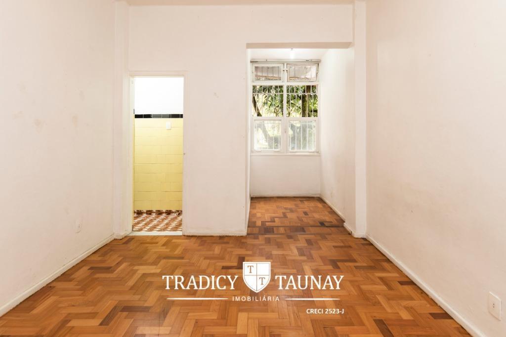 rio comprido, lindo apartamento, sala 1 quarto, banheiro social, cozinha, área, banheiro de serviço