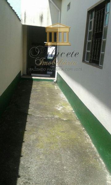 Casa de 2 quartos, Roseira