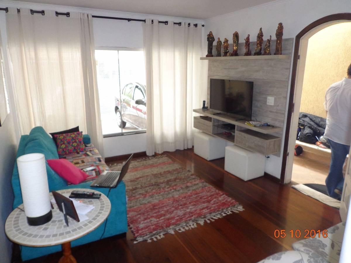 sala de estar com lareira - andar terreo