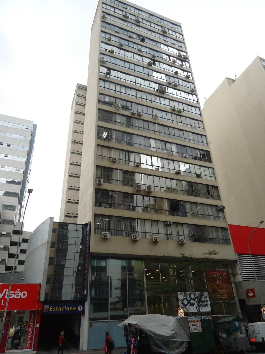 Comercial de 1 quarto, Curitiba