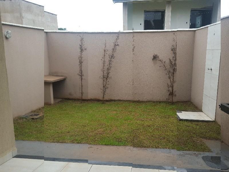 casa setor goiania 2, goiania 3 dormitórios sendo 1 suíte, 2 salas, 3 banheiros, 2 vagas 123 m c