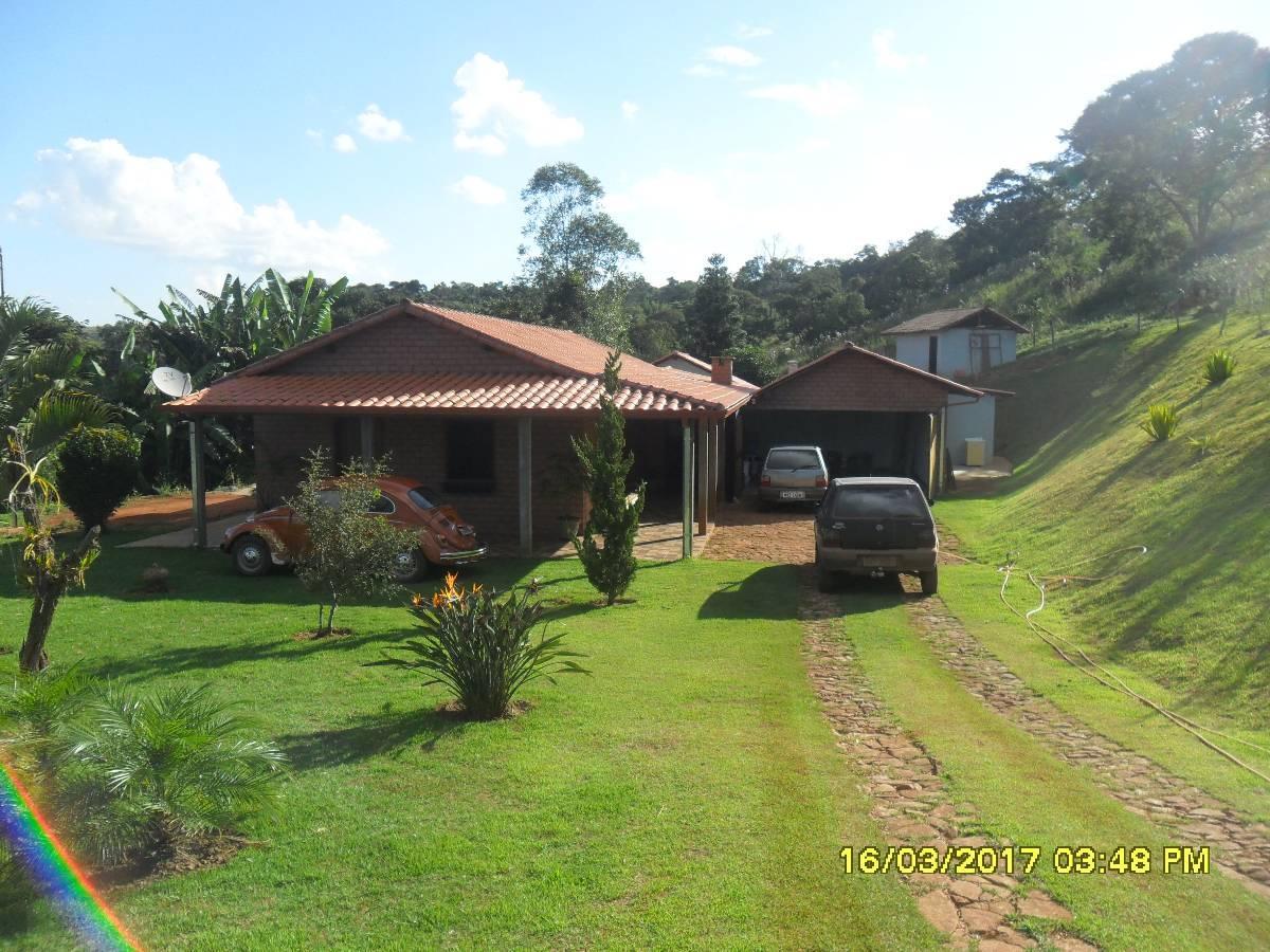 lindo sitio de 04 ha com bela casa com acabamento de alto padrão