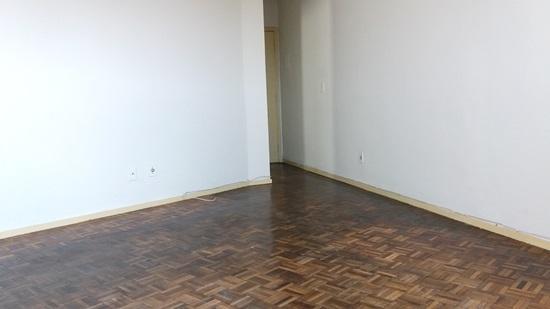 ótimo apartamento, 3 dormitórios com armários, centro de contagem