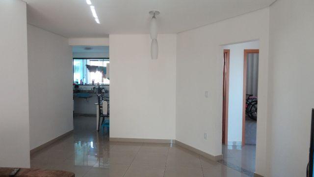 apartamento 03 quartos em prédio individual